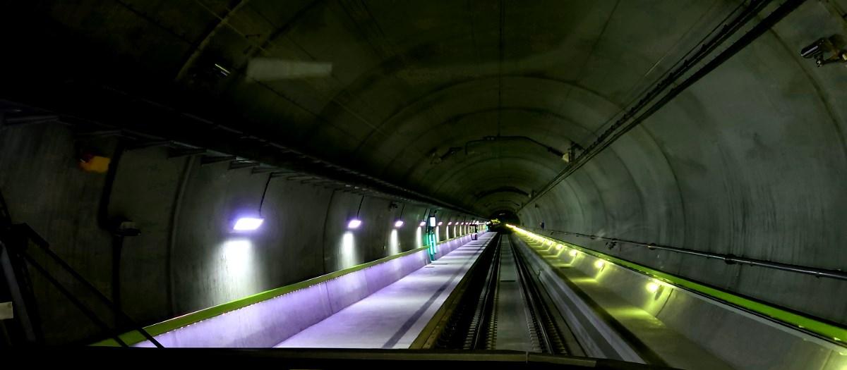 langer Tunnel, Lichter