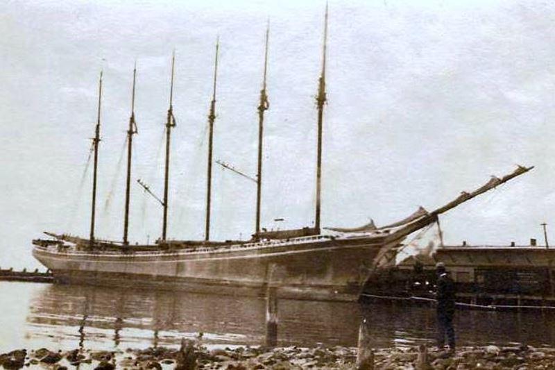 grösstes Schiff aus Holz